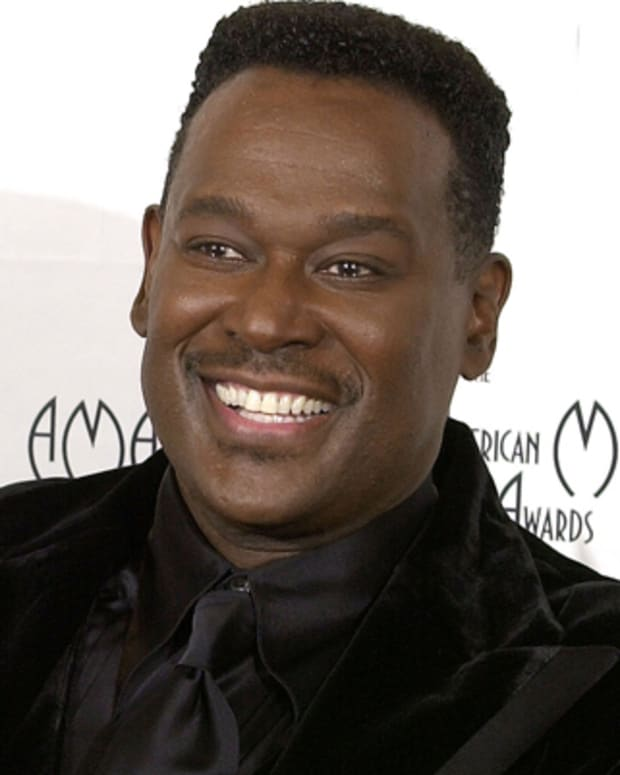 Luther-Vandross-15423714-1-402