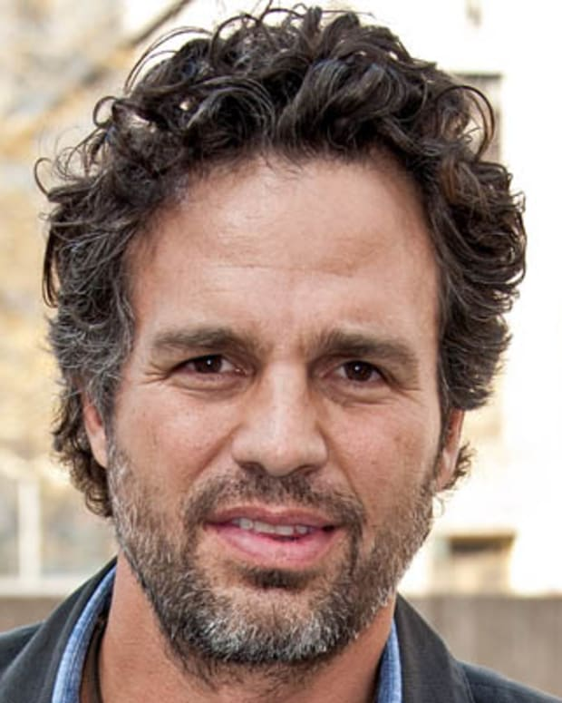 NEW YORK, NY - APRIL 25:  Actor/director Mark Ruffalo attends the Hydraulic Fracturing prevention press conference urging the protection of the drinking water source of 15 million Americans at Foley Square on April 25, 2011 in New York City.  (Photo by D Dipasupil/Getty Images) *** Local Caption *** Mark Ruffalo;