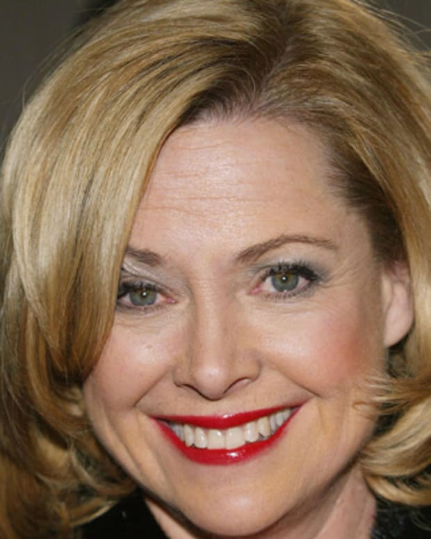 Catherine-Hicks-222402-1-402