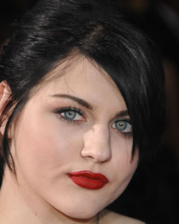 Frances-Bean-Cobain-281996-1-402