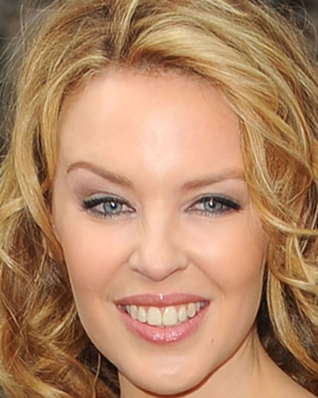 Kylie-Minogue-507447-1-402