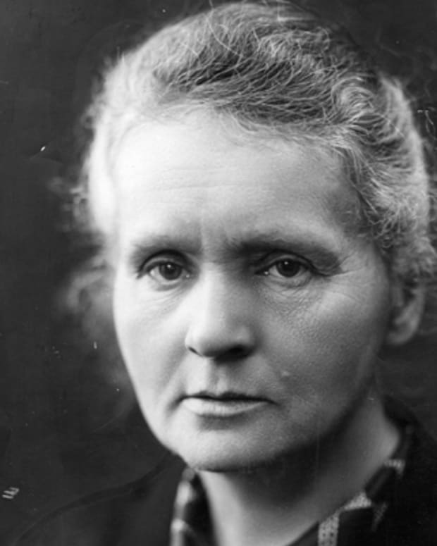 Marie-Curie-9263538-1-402