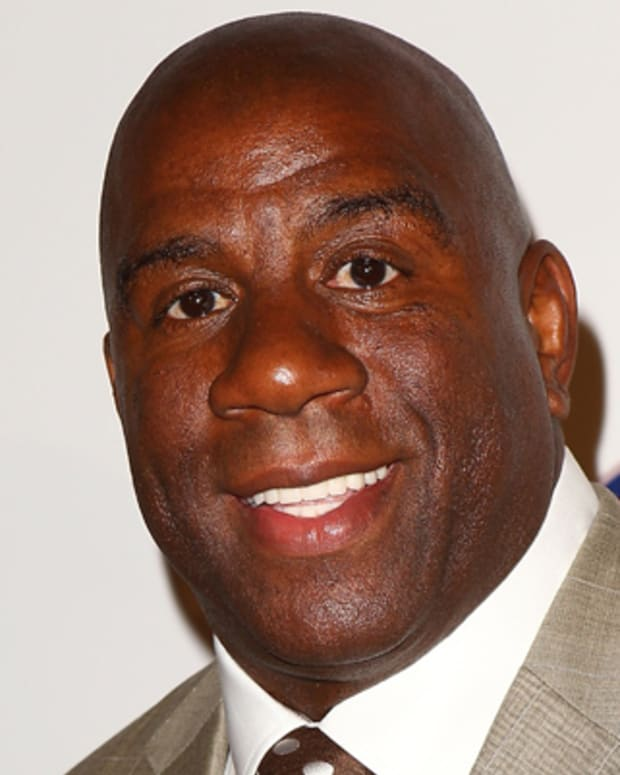Magic-Johnson-9356150-1-402