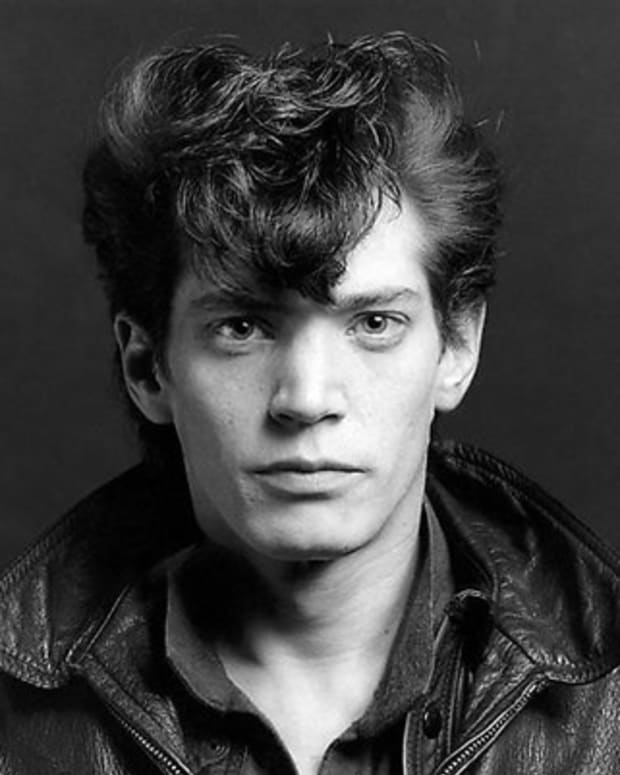 Robert-Mapplethorpe-9398165-1-402