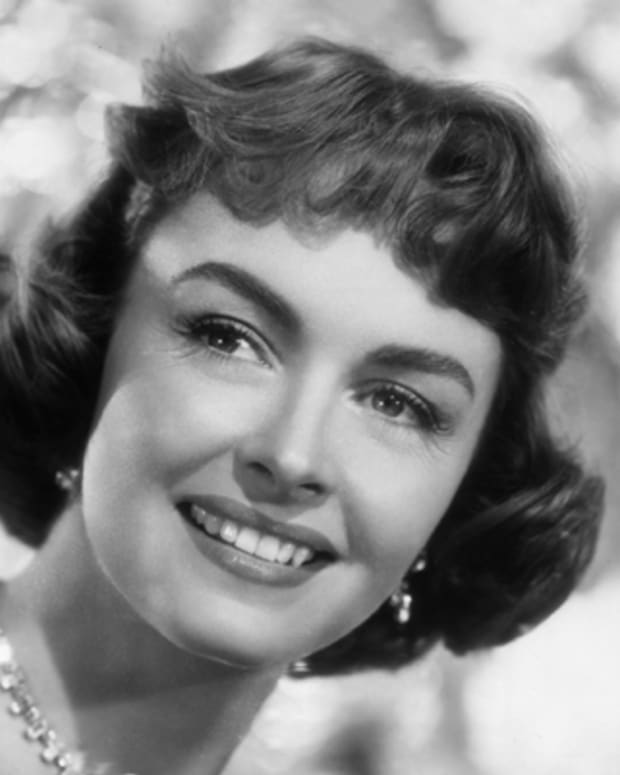 Donna-Reed-9542105-1-402