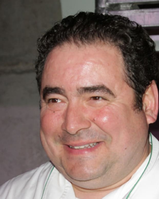 Emeril-Lagasse-9542380-1-402