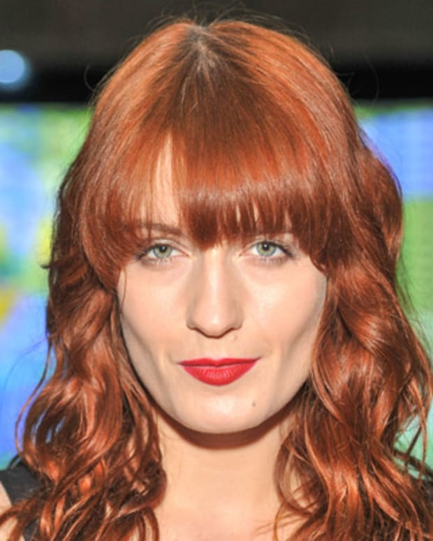 Florence-Welch-20883057-1-402
