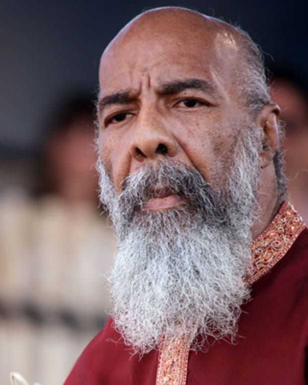 NEWPORT, RI - AUGUST 01:  Richie Havens performs during Day 3 of the Newport Folk Festival at Fort Adams State Park on August 1 in Newport, Rhode Island.  (Photo by Douglas Mason/Getty Images) *** Local Caption *** Richie Havens