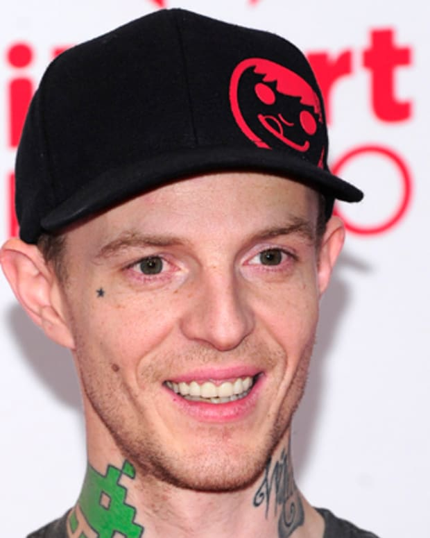 LAS VEGAS, NV - SEPTEMBER 22:  Recording artist Joel Zimmerman aka Deadmau5 poses in the press room at the iHeartRadio Music Festival at the MGM Grand Garden Arena September 21, 2012 in Las Vegas, Nevada.  (Photo by Steven Lawton/Getty Images)