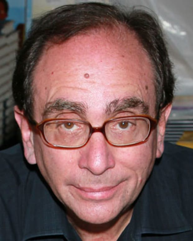 LOS ANGELES, CA - MAY 01:  Author R.L. Stine attends the 16th Annual Los Angeles Times Festival of Books - Day 2 at USC on May 1, 2011 in Los Angeles, California.  (Photo by David Livingston/Getty Images) *** Local Caption *** R.L. Stine;