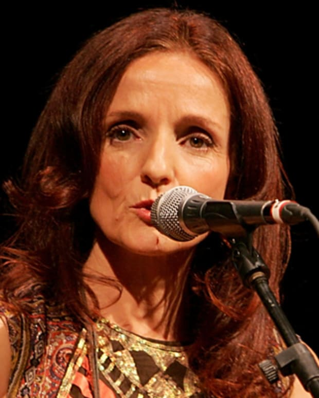 AUSTIN, TX - JANUARY 21:  Vocalist/musician Patty Griffin performs in concert at the Paramount Theater on January 21, 2010 in Austin, Texas.  (Photo by Gary Miller/FilmMagic) *** Local Caption *** Patty Griffin *** Local Caption *** Patty Griffin