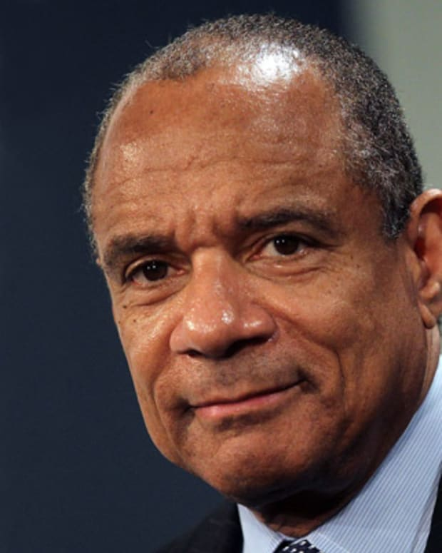 Kenneth-Chenault-37719-1-402