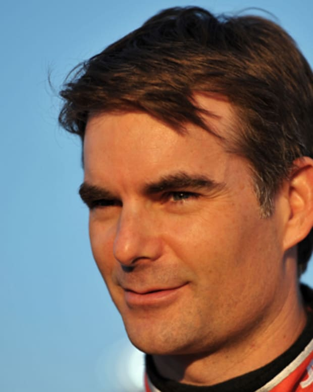 a biography of jeff gordon one of the best race car drivers in the world Capture the architectural elegance of one of the world's best-known monuments with this  race car drivers & motorcyclists - biography: books  jeff gordon: his.