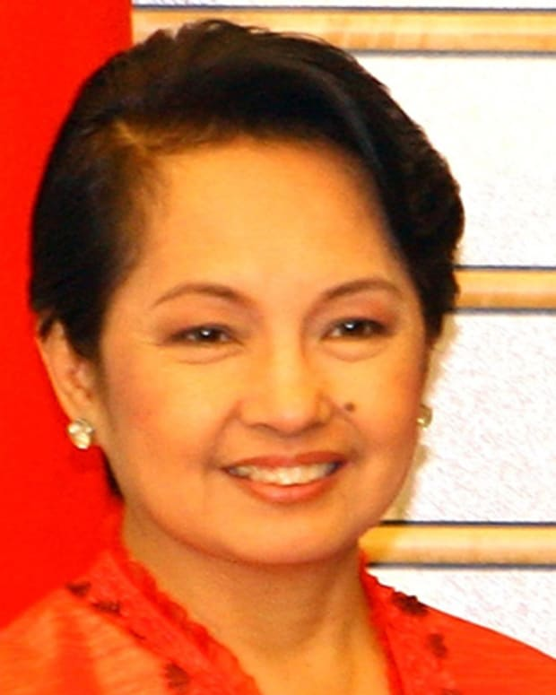 Gloria-Macapagal-Arroyo-40469-1-402