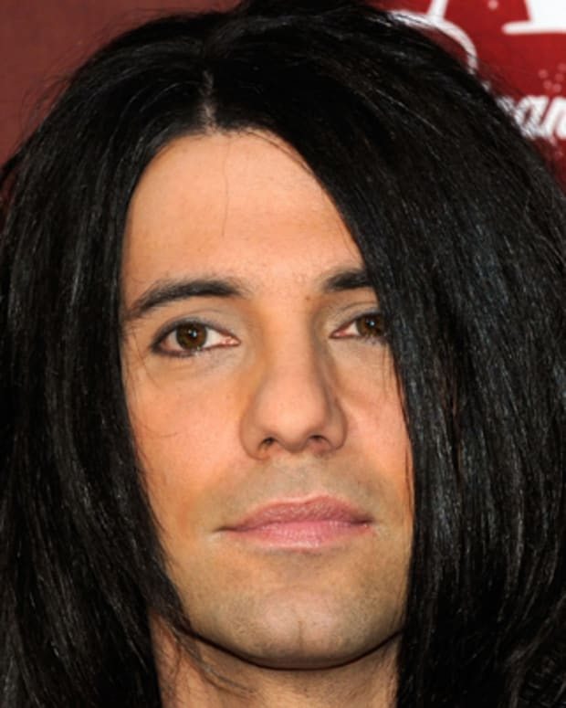 Criss-Angel-244776-1-402