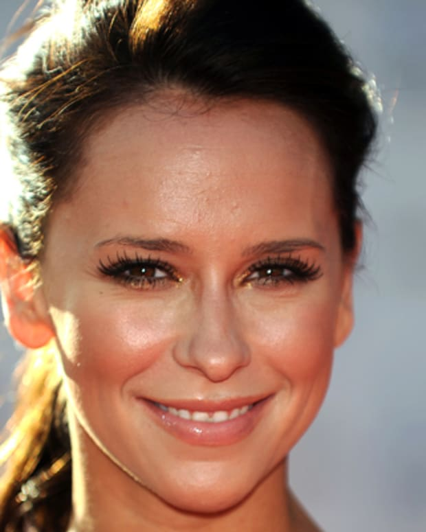 Jennifer-Love-Hewitt-259260-1-402