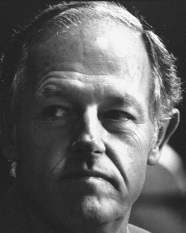 E-Howard-Hunt-262375-1-402
