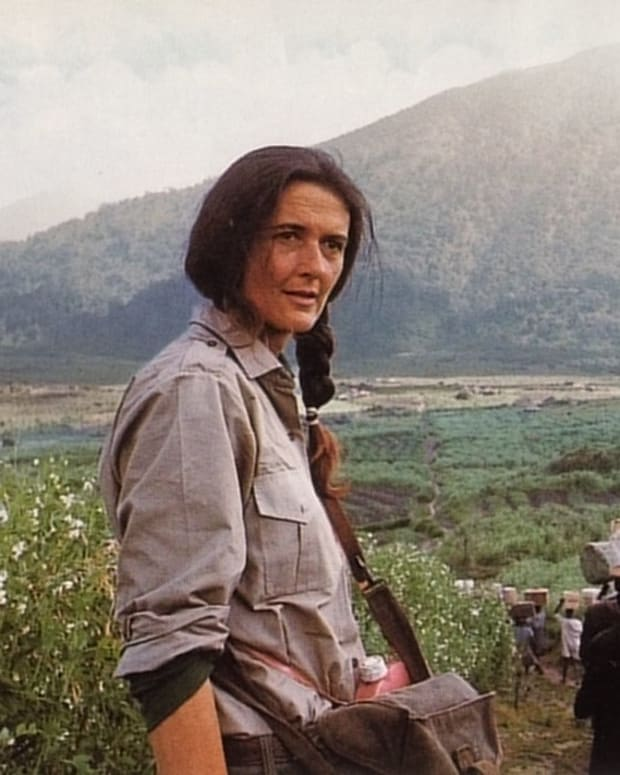 Diane Fossey Photo