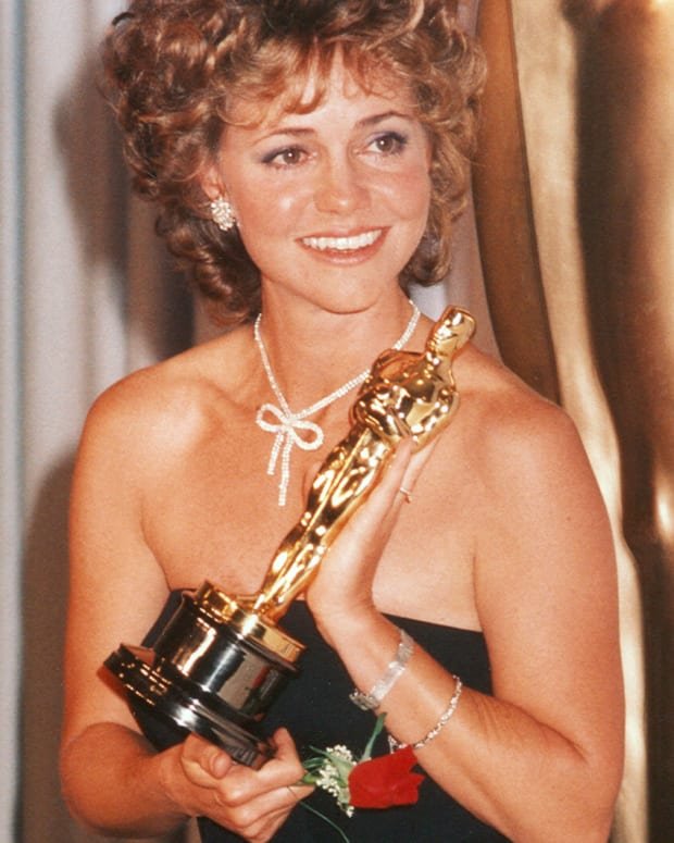 Sally Field 1985 Academy Awards Photo Courtesy ABC/Photofest