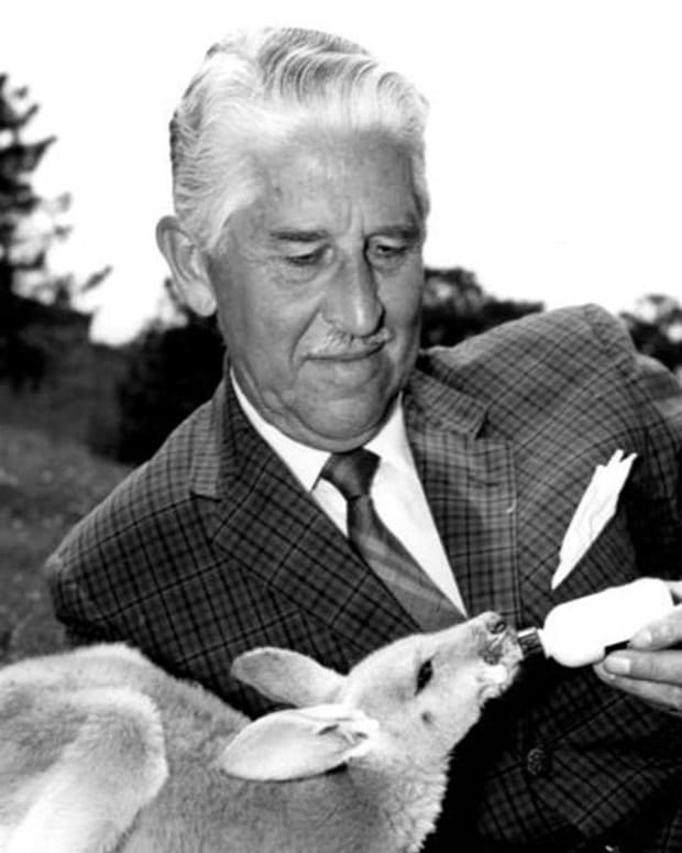 Marlin Perkins Photo via Wikicommons/NBC