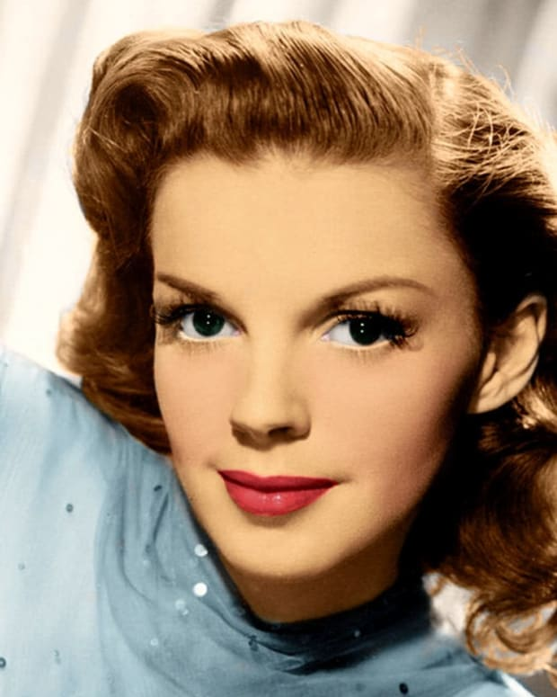 Judy Garland Have Yourself A Merry Little Christmas.How Judy Garland S Influence Changed The Lyrics To Have
