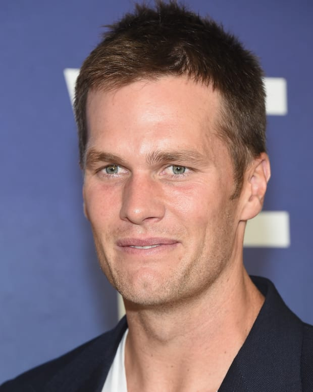 Athlete  Biography Tom Brady