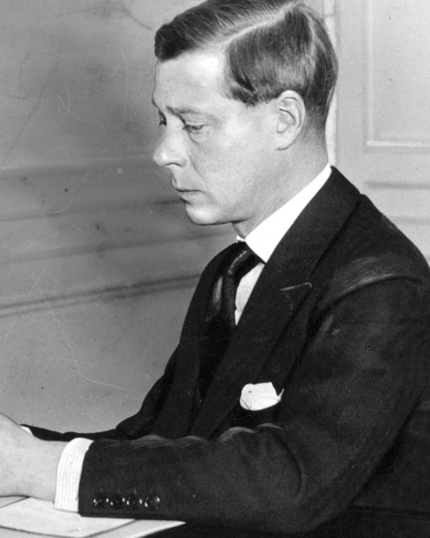 Edward VIII - Becoming King