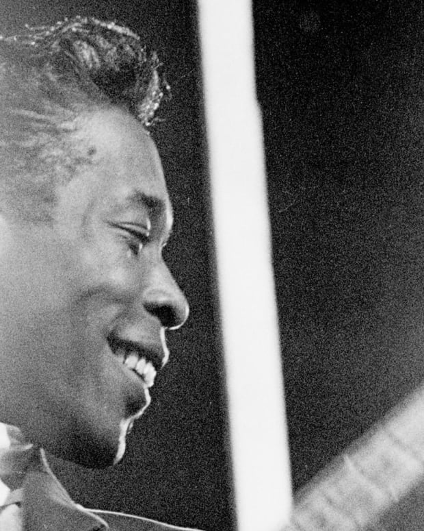Buddy Guy Remembers the Chicago Blues Scene
