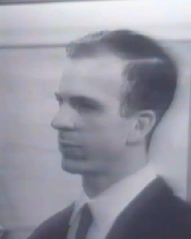 Lee Harvey Oswald - A Shot Seen Across the Country
