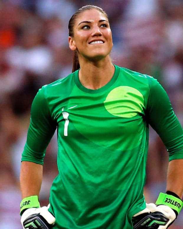 Hope Solo - Mini Biography