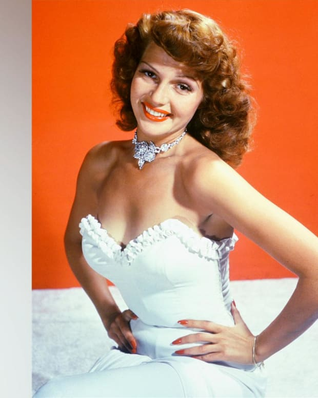 Rita Hayworth - Mini Biography