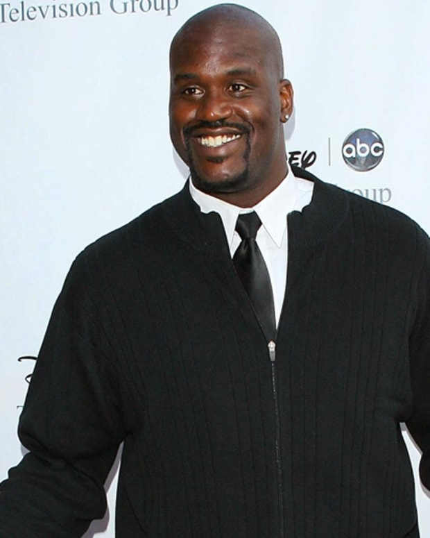 Shaquille O'Neal - Mini Biography