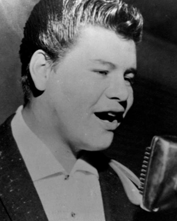 Ritchie Valens - Mini Biography