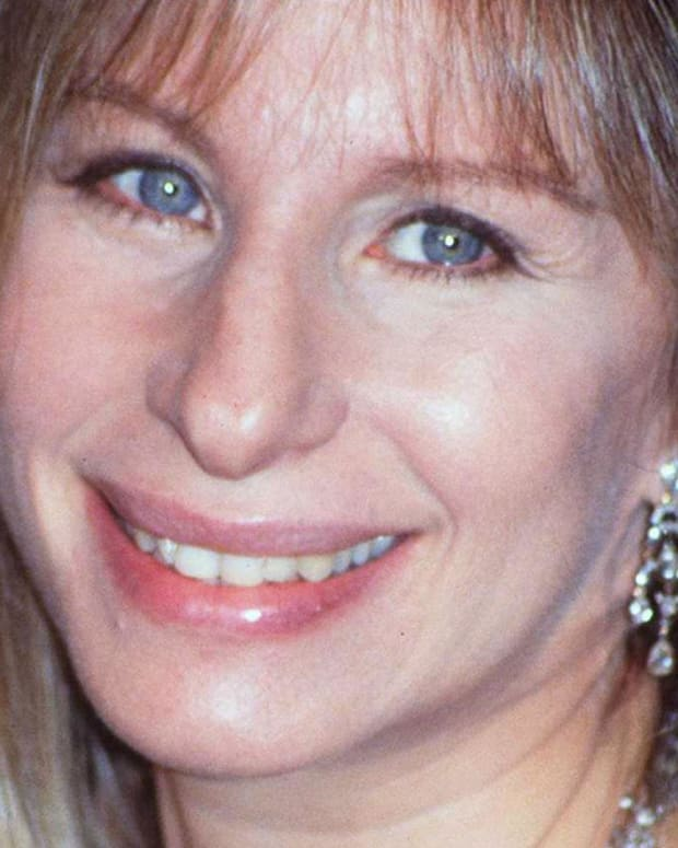 Barbra Streisand - Mini Biography