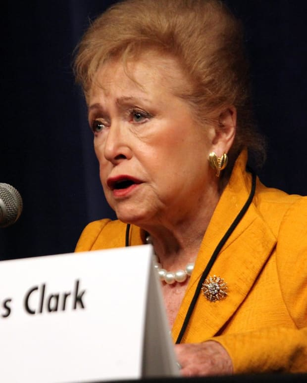 Mary Higgins Clark - Queen of Suspense
