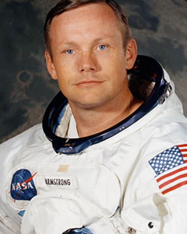 Neil Armstrong - Mini Biography