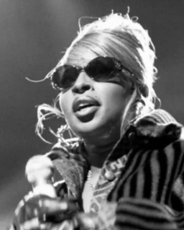 Mary J. Blige - Mini Biography