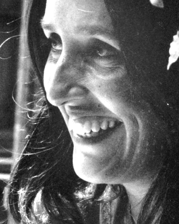 Joan Baez - Peace Keeping Performer