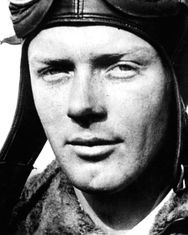 Charles Lindbergh - New York to Paris