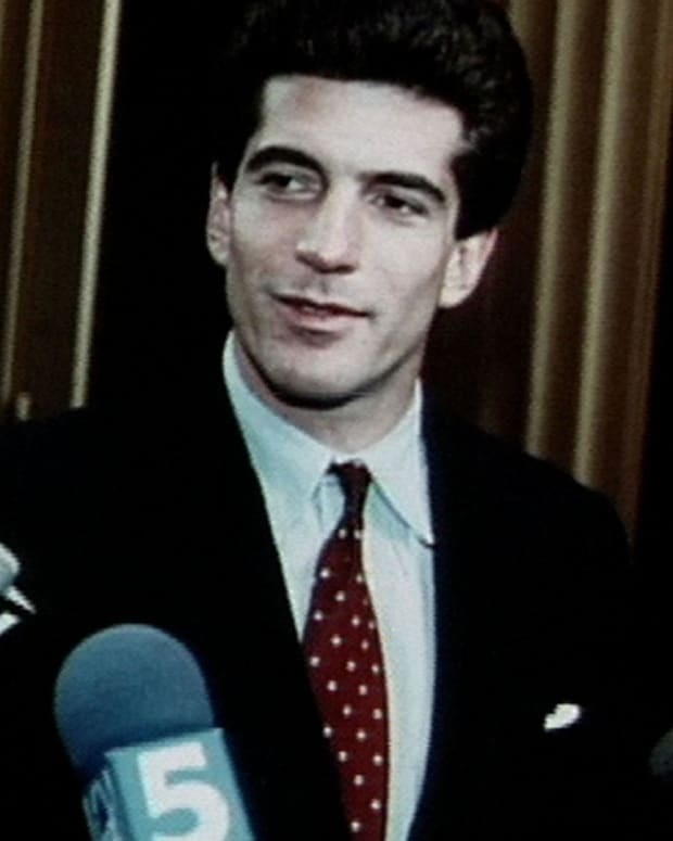 John F. Kennedy, Jr - Full Biography