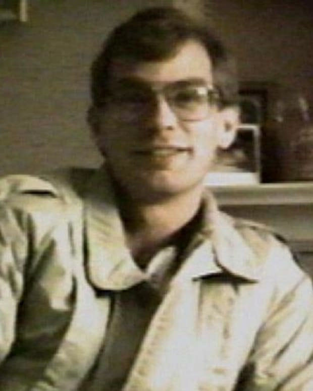 Jeffrey Dahmer - Mini Biography