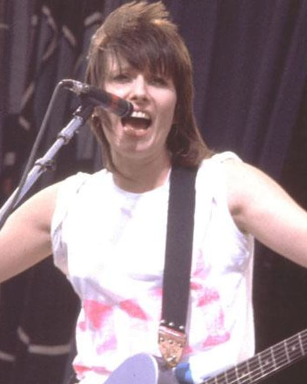 Chrissie Hynde - Mini Biography