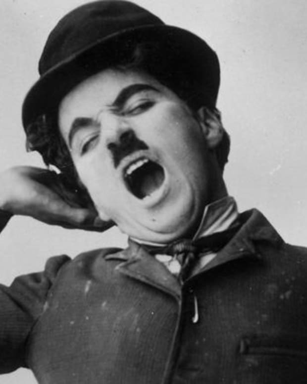 Charlie Chaplin - Mini Biography