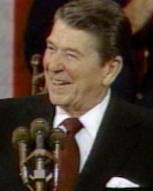 Ronald Reagan - Mini Biography