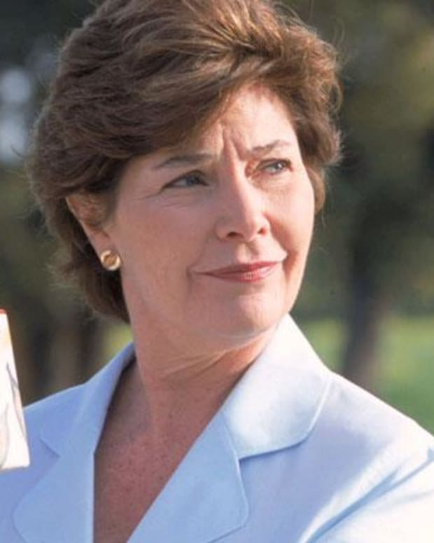 Laura Bush - Mini Bio
