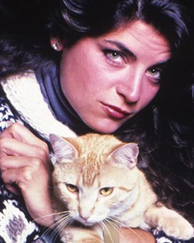 Kirstie Alley - A Love of Animals