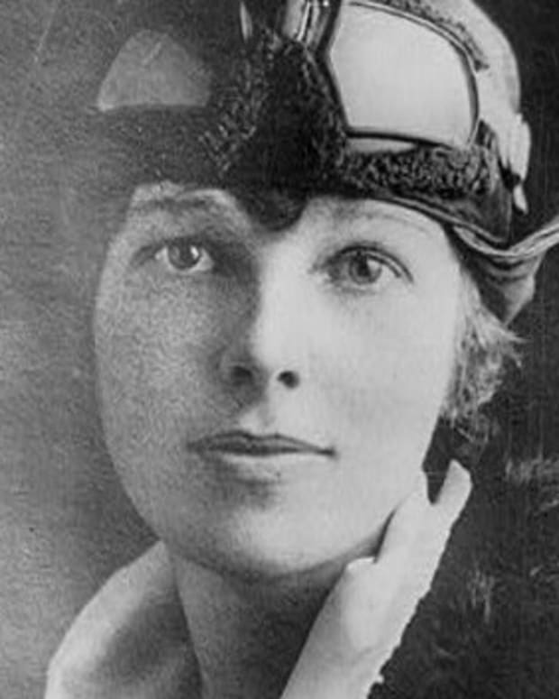 A portrait of Amelia Earhart taken in 1928.