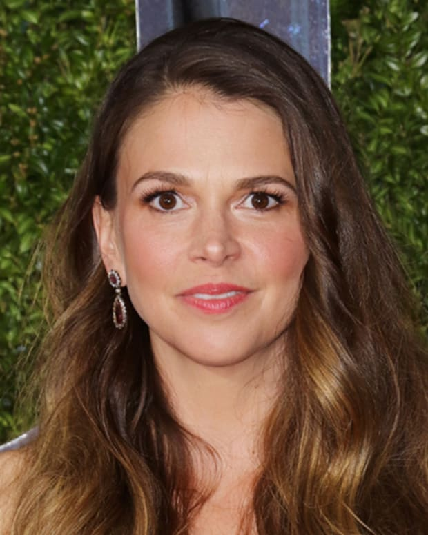 Sutton Foster Photo