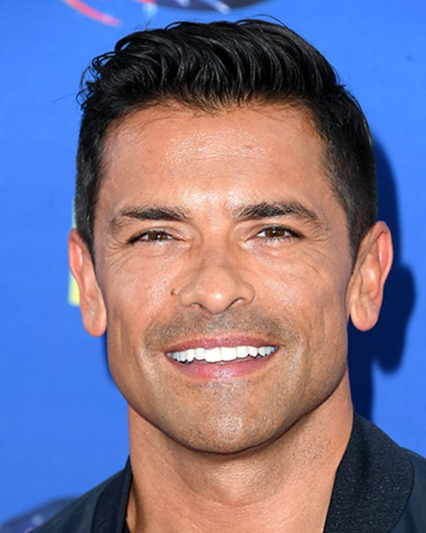 Mark Consuelos Photo