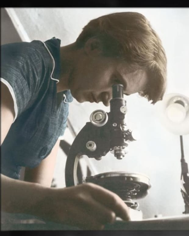 Biography: Rosalind Franklin